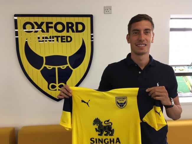 Alex Rodriguez Gorrin proudly shows off his Oxford United shirt 			       Picture: Jack Johnson