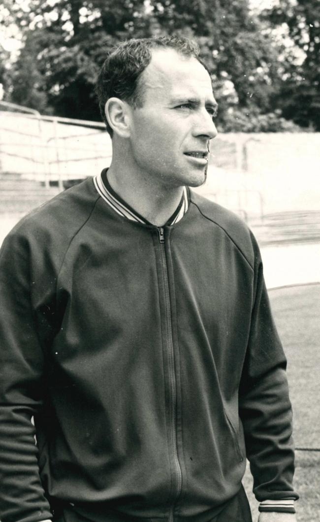 Ron Saunders during his time in charge at Oxford United