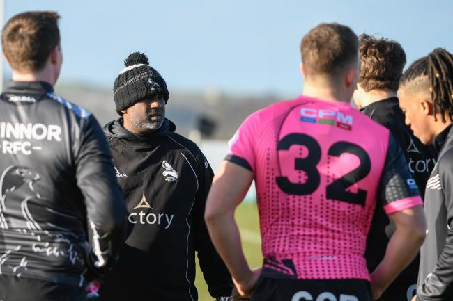 Chinnor backs coach Ricky Khan during the warm-up against Old Elthamians Picture: Simon Cooper
