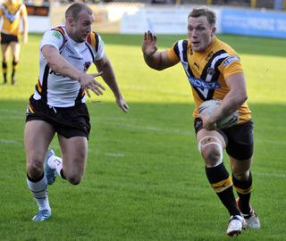 Castleford Tigers' Josh Griffin (right) who like his brothers Darrell and George are all hoping to play in Super League this season