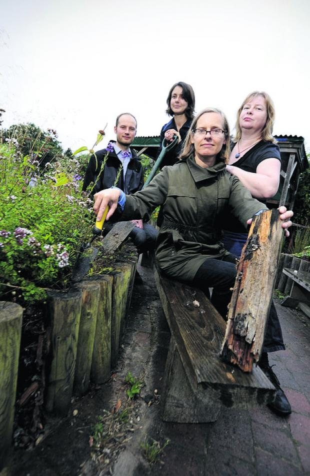 Oto Velicka, Jenny Ekelund, Fiona Mullins and Julieanne Porter at Barracks Lane Community Garden
