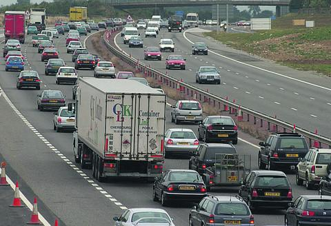 Queues on the southbound M40