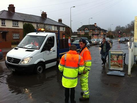 Council officers assess Abingdon Road flooding