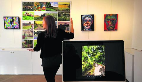 West Ox Arts gallery goes digital for modern exhibition