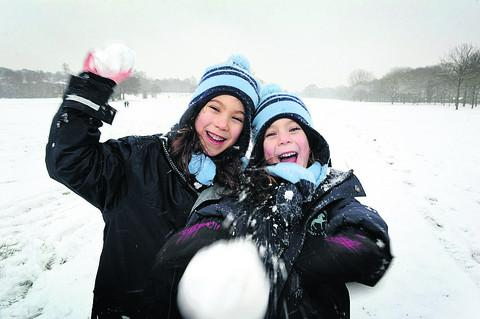 Alison, left, six, and Eleanor Powell, five, in South Parks in Oxford