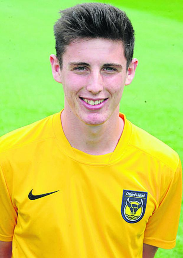 Witney Gazette: Oxford United offer professional contracts to pair