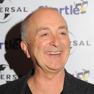Sir Tony Robinson has criticised Michael Gove's comments on the TV comedy Blackadder bei