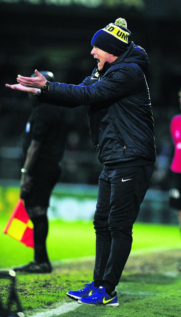Witney Gazette: Chris Wilder gets his point across at Wycombe