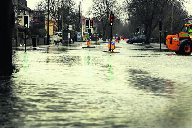 Witney Gazette: An almost deserted Abingdon Road yesterday