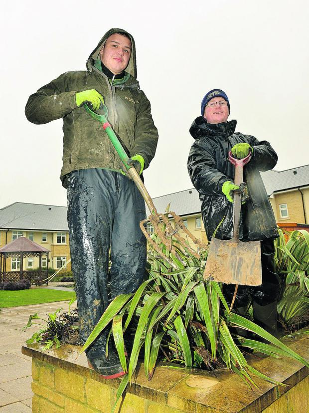 Witney Gazette: George Waywell, left, and Thomas Bartlett from Topiarus Horticulture