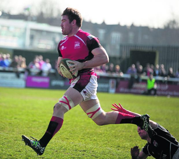 Witney Gazette: Ollie Stedman storms over for the first of his two tries