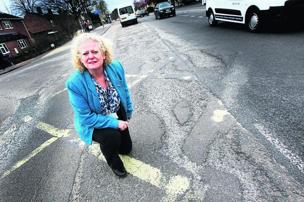 Witney Gazette: Liberal-Democrat councillor Roz Smith.   Picture: OX66095 Ed Nix
