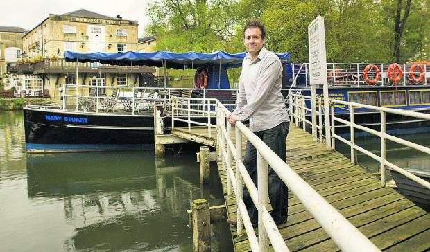 Oxford author Dr Simon Wenham has written Pleasure Boating on the Thames, A History of Salter Bros 1958-Present