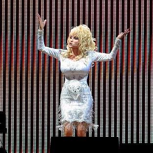 Dolly Parton is planning to wear high heels when she mak