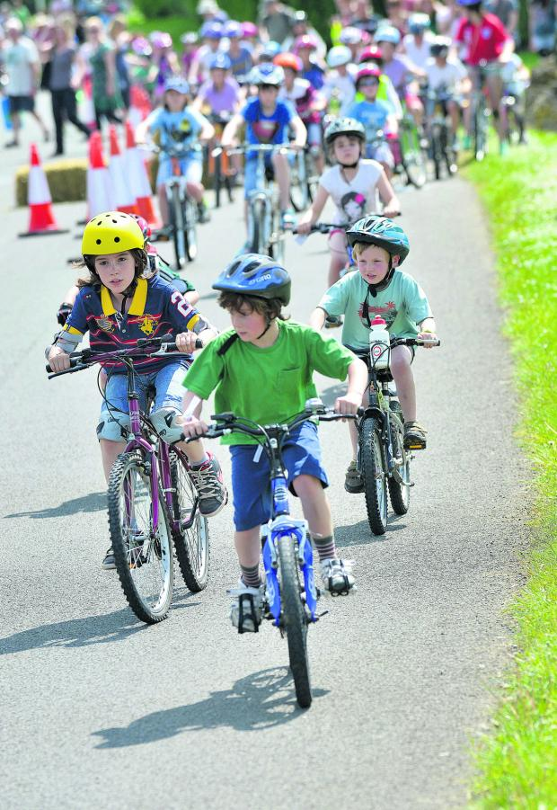 Witney Gazette: Pedal power at F1 track