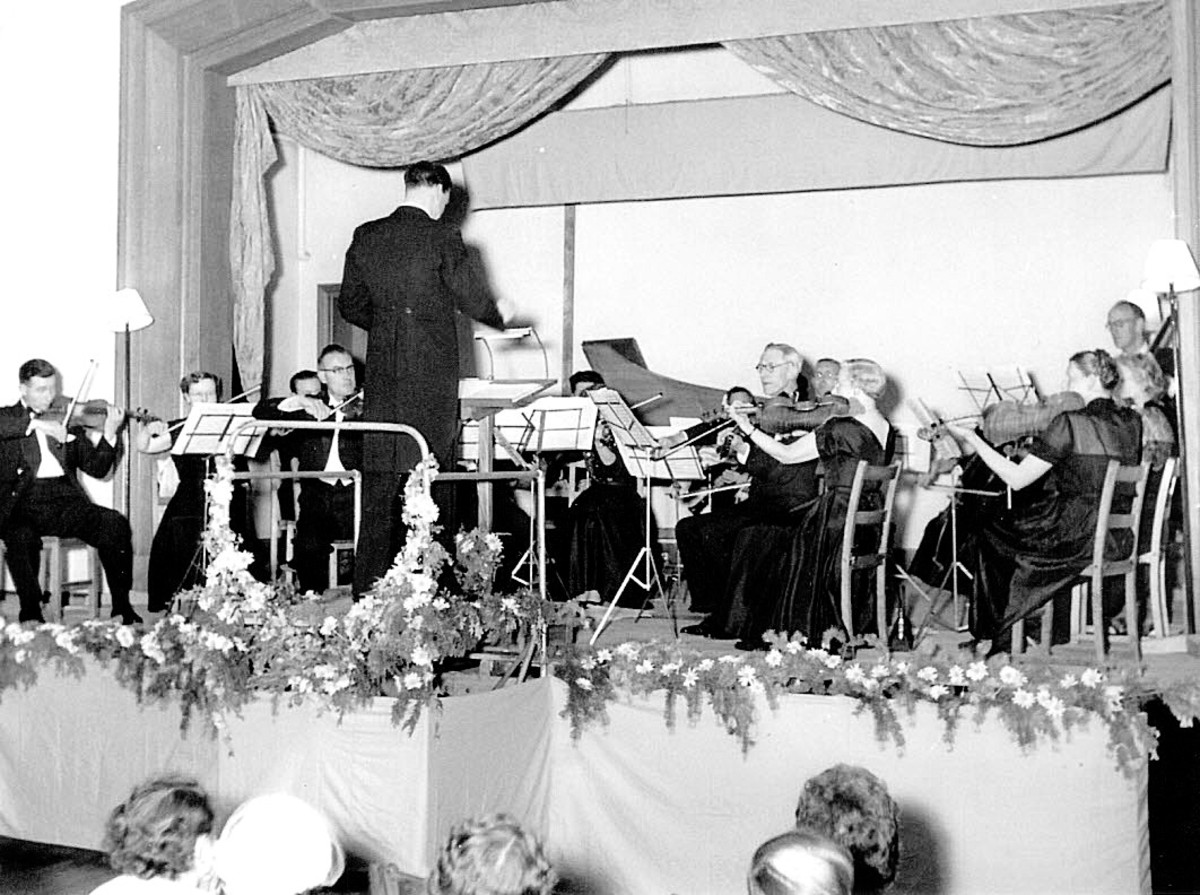 A Burford Orchestra concert in the 1950s