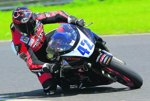 Carterton motorcyle rider Steve Moody is looking to go even faster when he competes in the senior race at the Isle of Man Grand Prix next month – five years after his last appearance at the famous venue