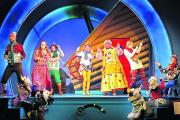 The cast of Mother Goose on stage
