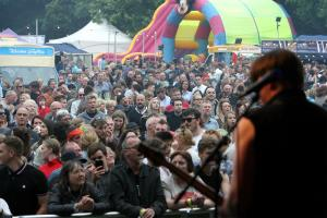 Witney Gazette: WITNEY ROCKS: Festival a success despite ongoing council feud