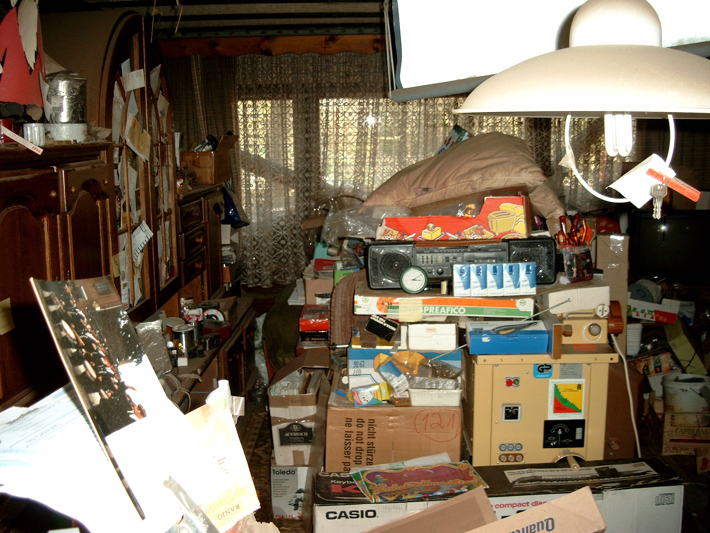 File photo of compulsive hoarding. Picture: Grap