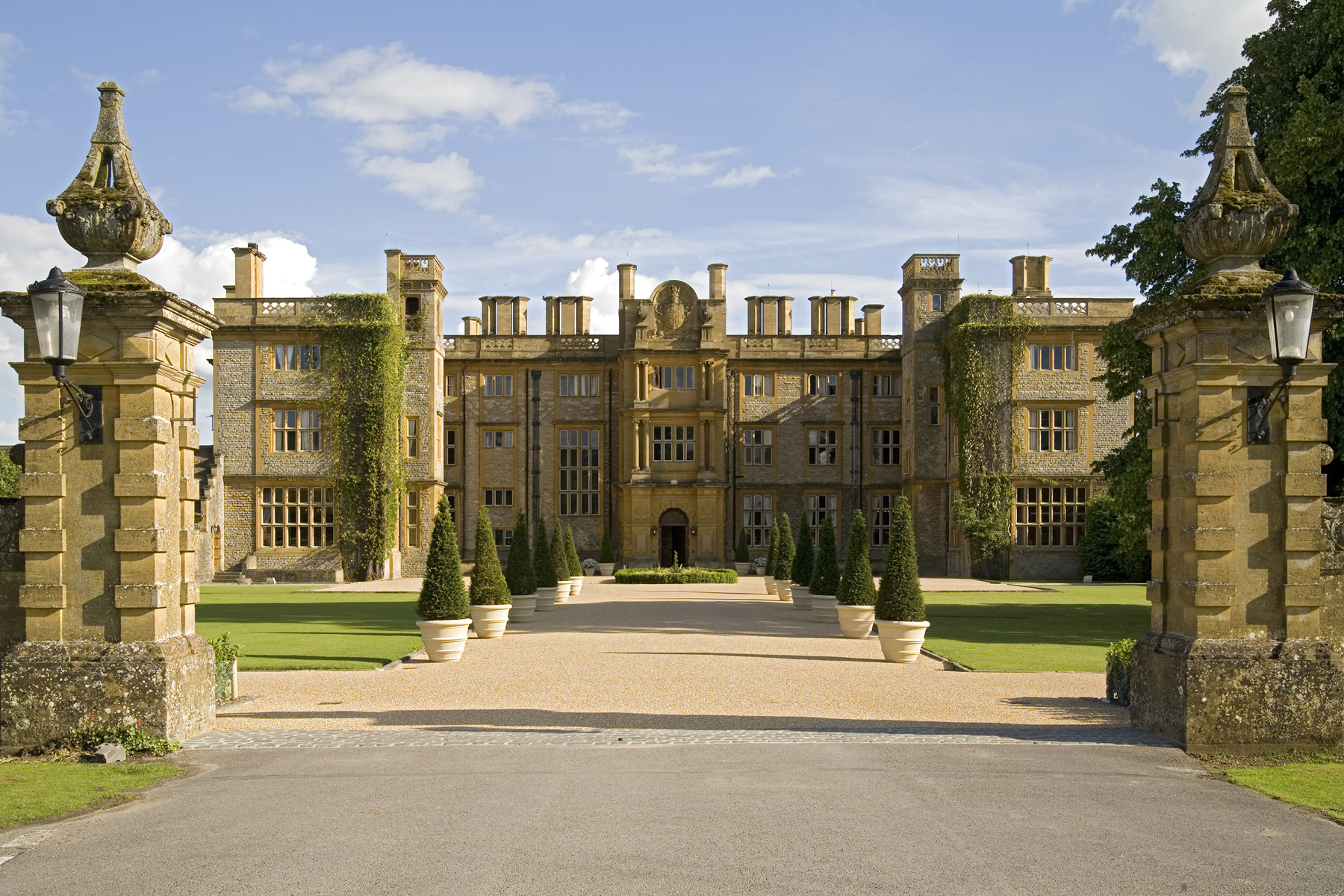 The Eynsham Hall Wedding Fair