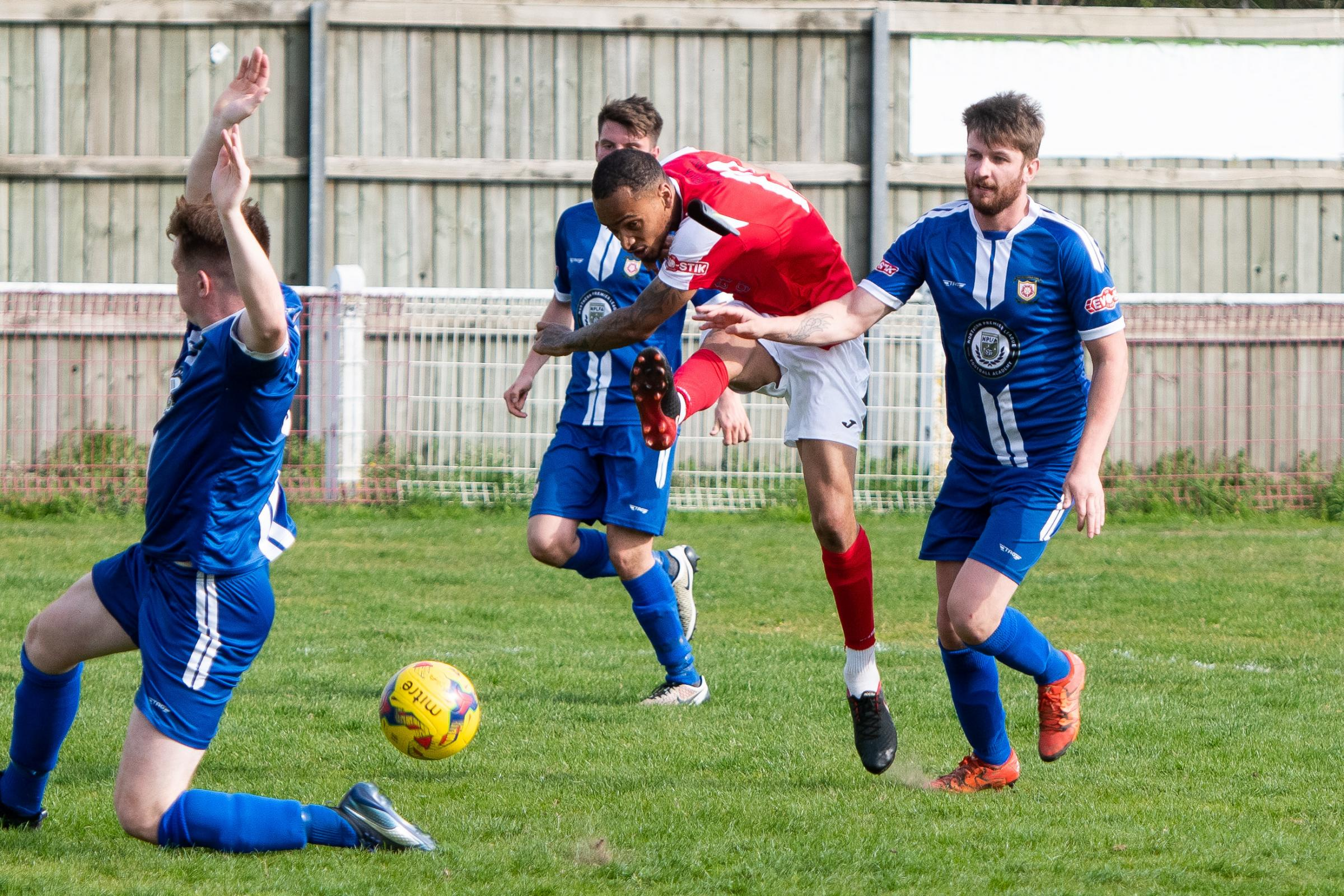 Callum McNish attempts to find a winner during Didcot Town's 1-1 draw with Sutton Coldfield Town Picture: Richard Cave